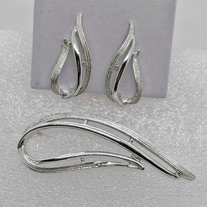 """Vintage Sarah Cov """"Stunning"""" Brooch Earrings Set"""